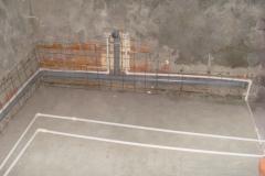 Прокладка канализации под сеткой