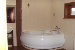 Угловая акриловая ванна 150х150